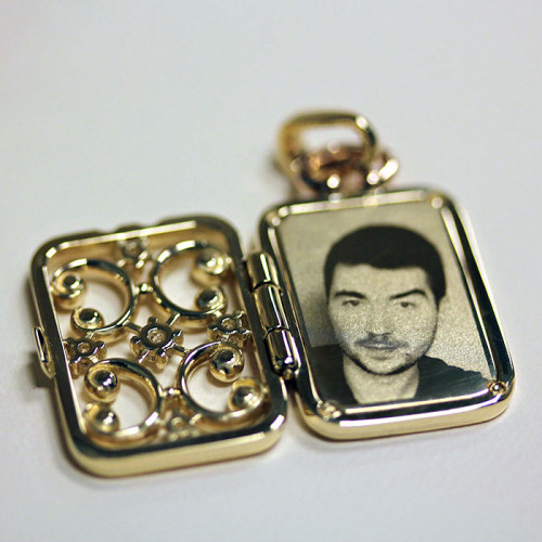 Фотогравировка на медальонах