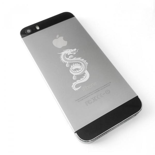 Лазерная гравировка на телефоне iPhone