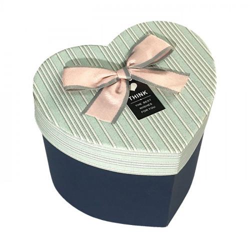 Коробка в форме сердца картонная синяя
